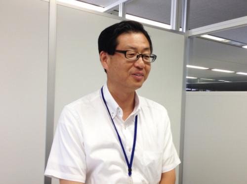 福祉部生活福祉室室長の平田さん。メガネの奥の熱い眼差し