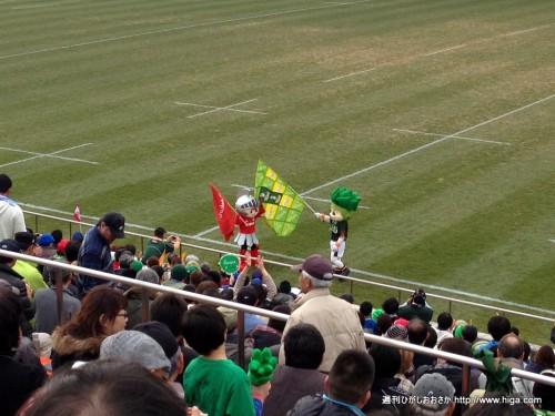 神戸・トヨタのマスコット対決
