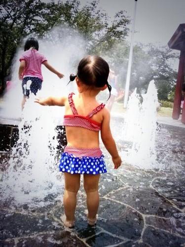 花園中央公園の、噴水〜 @hisa928