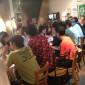 前回の様子。シャレオツなカフェでやる気満々な男女が巌流島ばりの駆け引きを見せます
