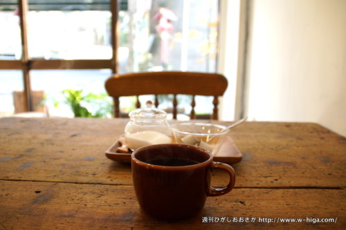朝日が入って、気持ち過ごせるカフェスペース。
