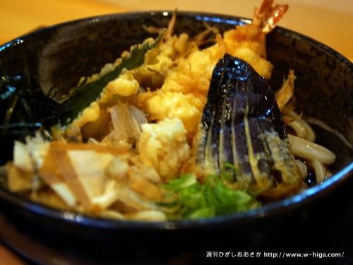 揚げ具合がうどん屋のレベルではない天ぷらと最高の麺。間違いなく超東大阪級の天ぷらぶっかけ