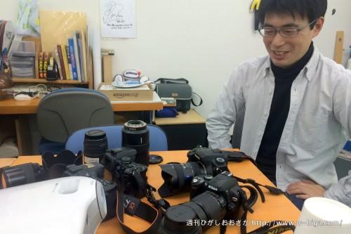 稲葉先生は、沢山のレンズを前に特性などをレクチャー