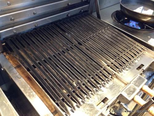 こだわりの調理器。これで肉が焼かれます。