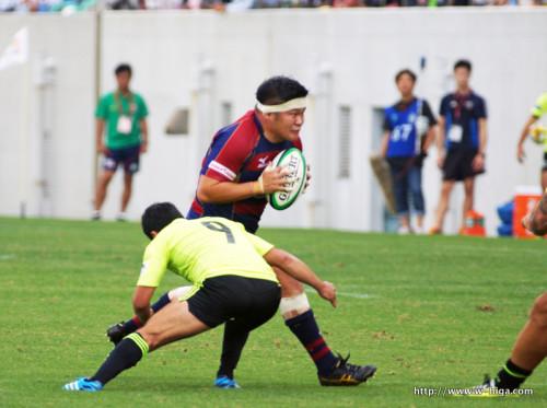 バックス並みの走力を見せる、我らがキャプテン豊田選手。