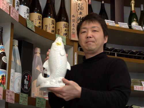 西田祥一さんは親子3人でお店を切り盛り。現在WEB Shopの店長をつとめる