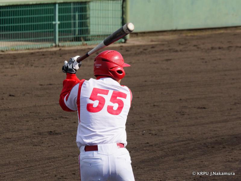 野球する男の背中はかっこいい。