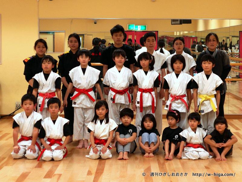 この日練習をしていた皆さん。一番右が山本先生。