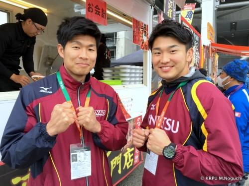 近鉄ライナーズの島選手と宮田選手が!キャプテン会議のお手伝いとのこと。
