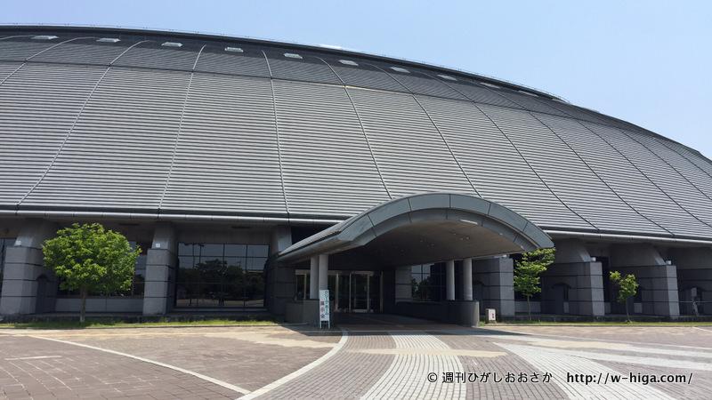 雪深い湖北でのスポーツ振興に一役買う巨大屋内競技場。
