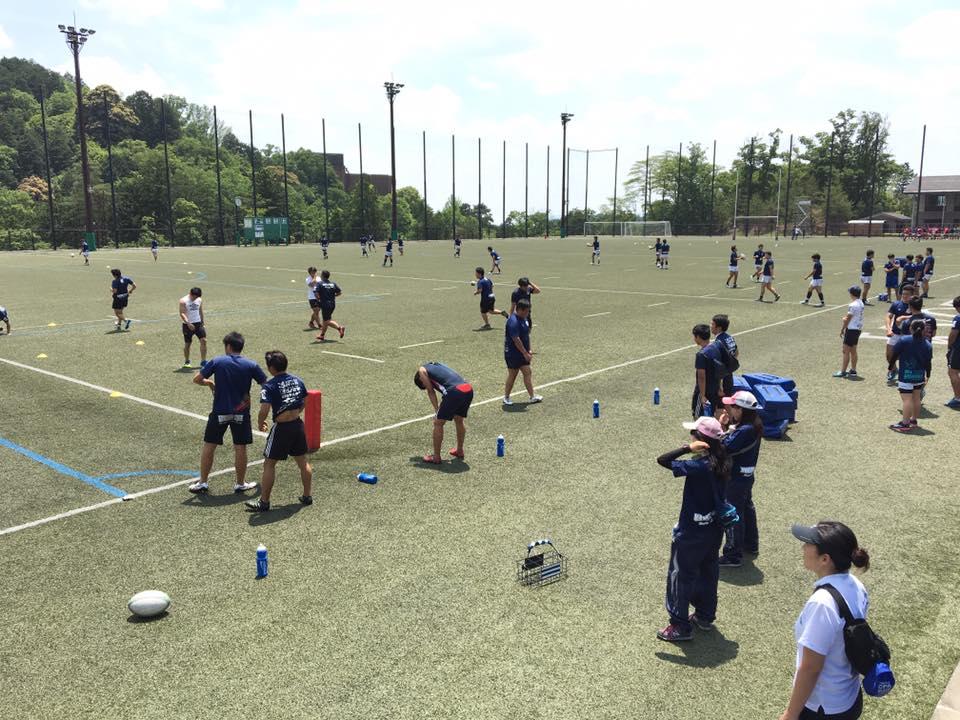 京都産業大学神山球技場。東大阪からは片道2時間。