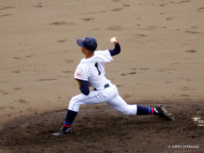 しっかり立て直してきた上宮太子・森田投手。