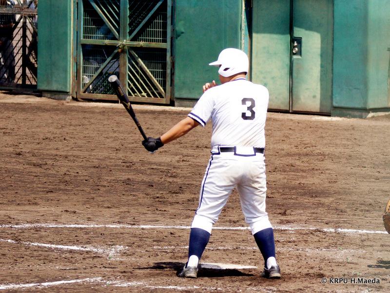 柏原東・8番辻野選手。貫禄充分。
