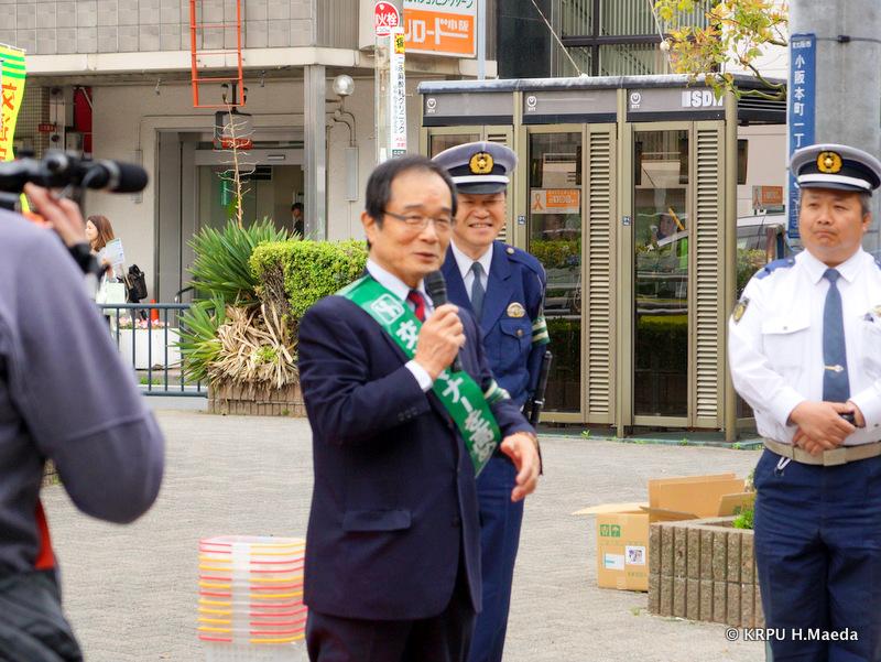 交通安全協会会長・中西英治さんも「小阪から交通安全を」と呼びかけます。