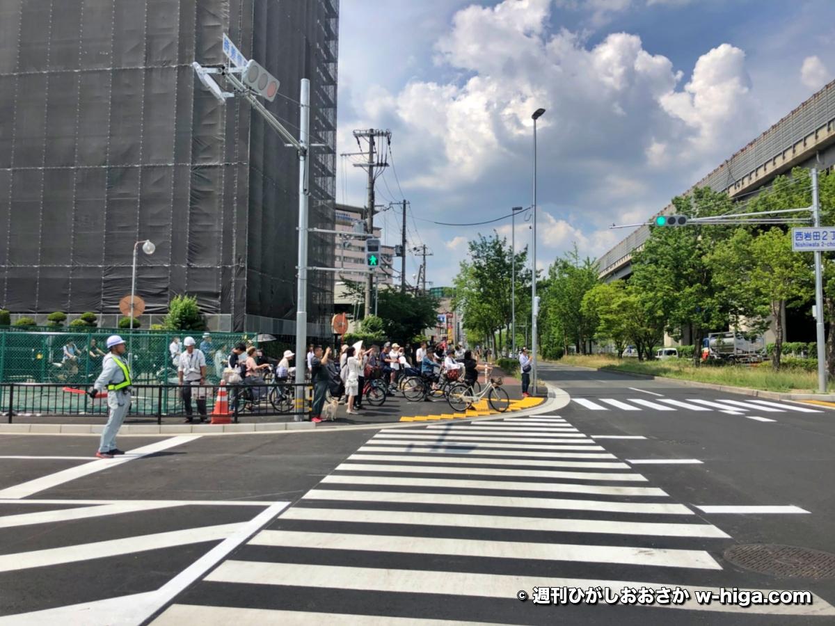 祝!芋掘りロード(近鉄奈良線北側方道路)開通!なお現在は産業道路がガラ空きの模様
