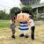 東大阪アイドルと東大阪のマスコット・トライくんが夢の共演 花園ラグビー場をバックに